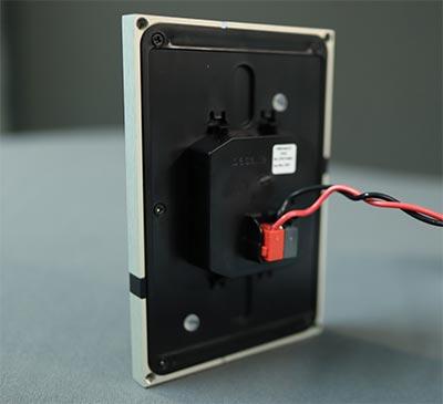 KNX Taster Stromanschluss Bussignal